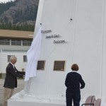NRC-Herzberg Director General, Greg Fahlman, and Rena Galt unveiling the John A. Galt Telescope.